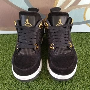 Air Jordan 4 'Royalty' Retro Sneakers - size 6Y